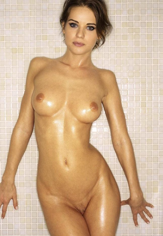 lyndsy fonseca nude fappenist