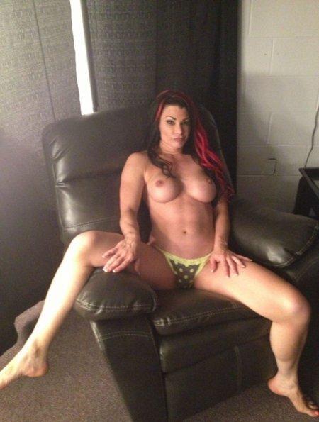 Porno olesya s sexy legs free video