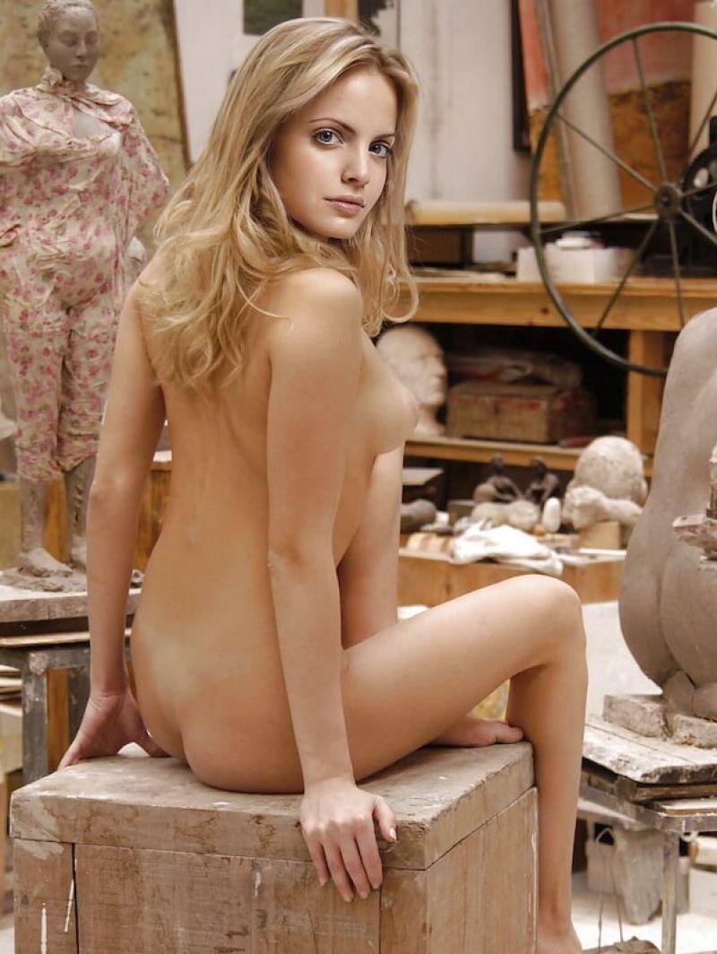 Jenna suvari nude pics pictures
