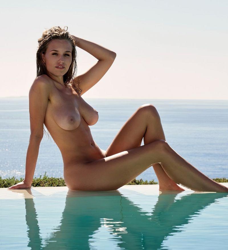 Uschi digard tara strohmeier nude