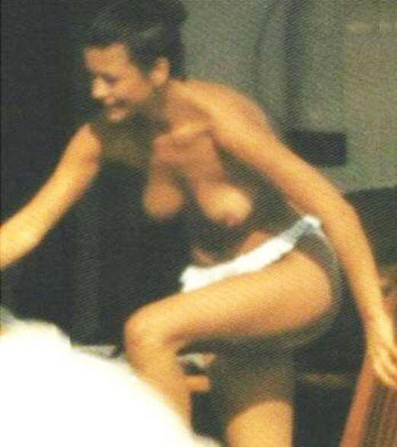 Catherine zeta jones sex scene pics