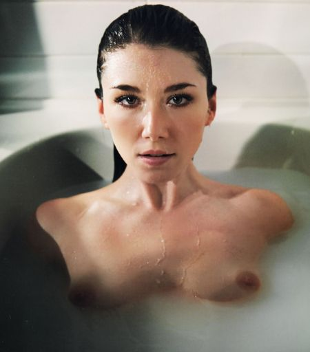 Jewel Staite nude leaked outtakes