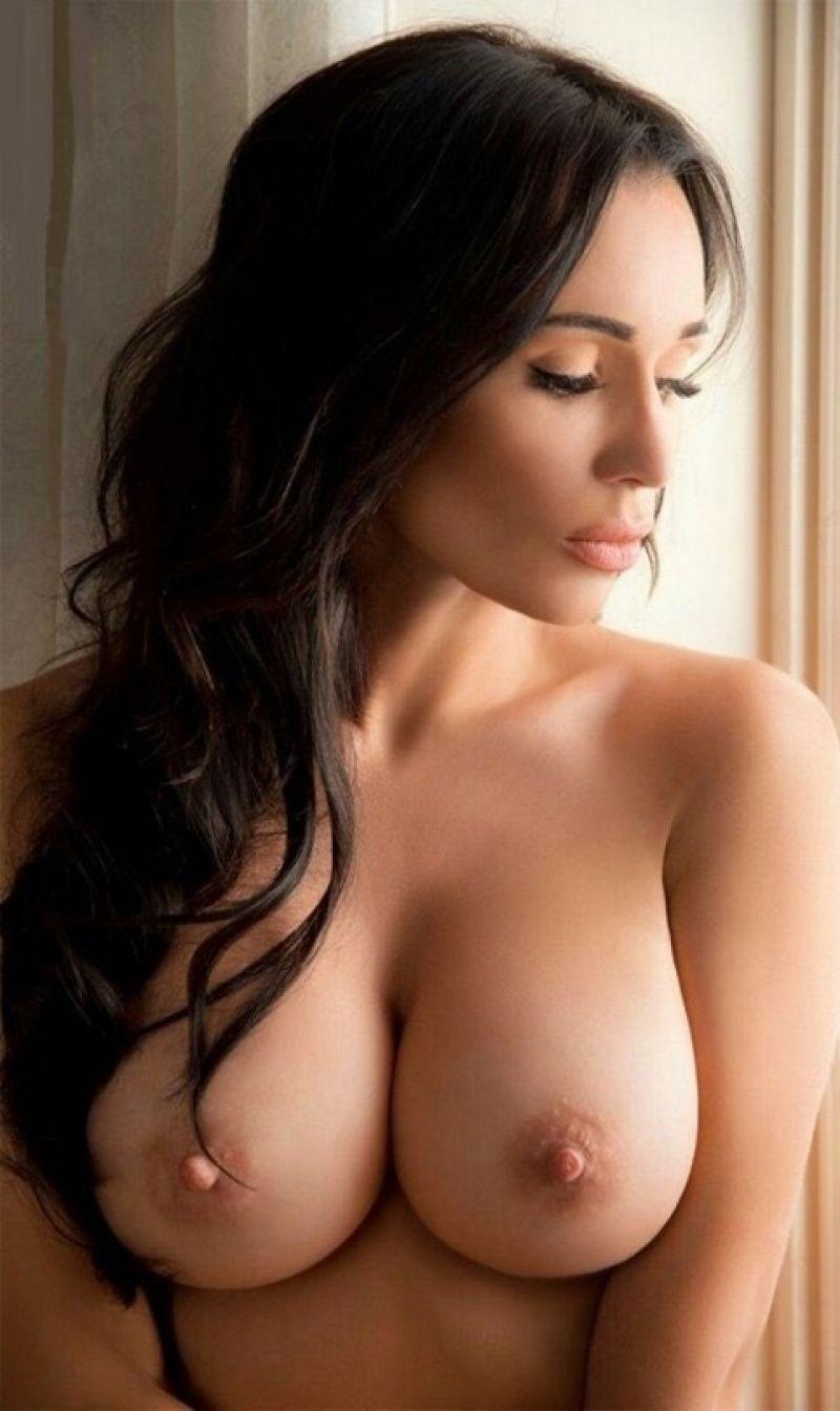 Eva Padlock Nude