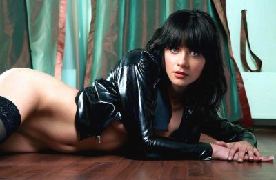 Zooey Deschanel Nude Photo and Video Collection