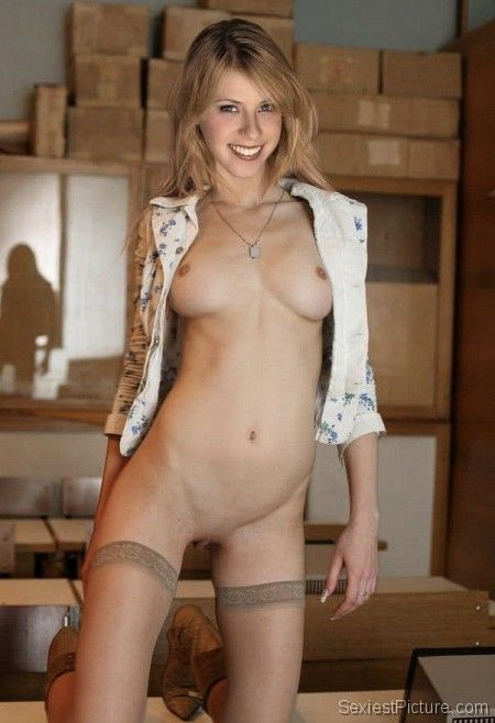 Jodie Sweetin nude naked and sexy