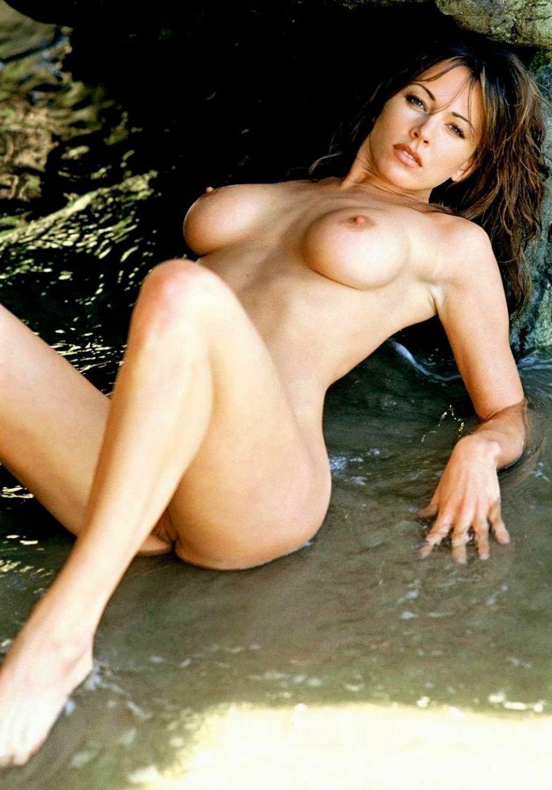 Krista Allen Nude Having Sence In Room